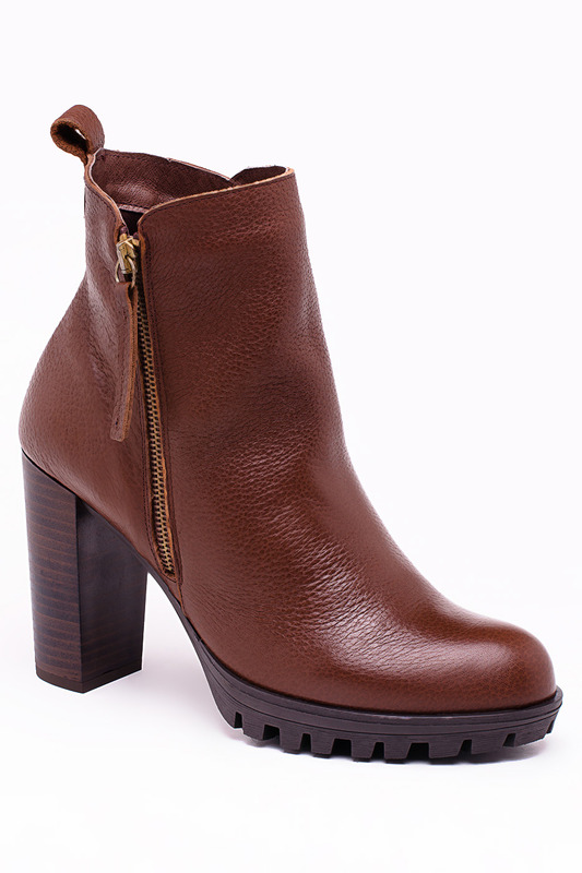 Ankle Boots Roobins Ботильоны на тракторной подошве ankle boots roobins ankle boots
